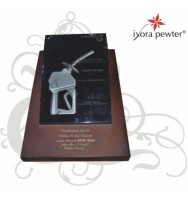 Pewter Plaque - PETRONAS